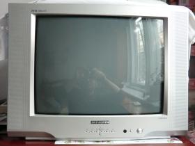 出售8成新21寸创维电视机 - 二手街