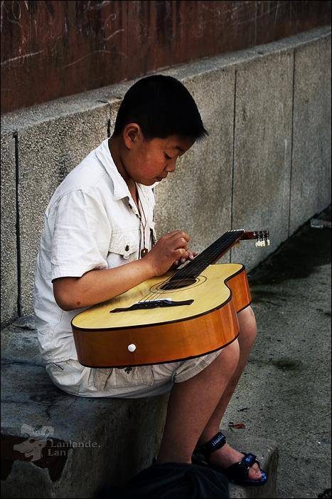 080628吉它男孩.jpg