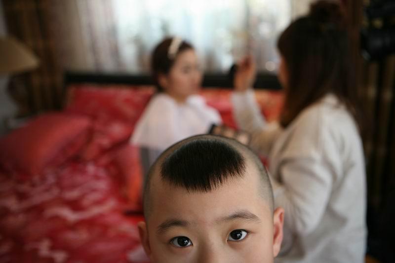 我姐姐的儿子~小模样很可爱~就是总抢镜头~